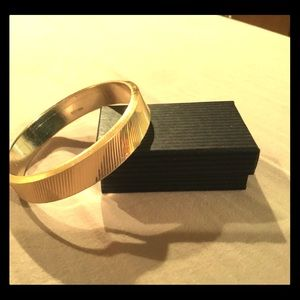 Minimalist Gold Bangle